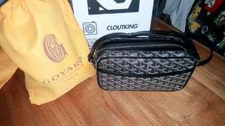 🚚 Goyard Cap Vert Capvert Crossbody Cross Body Monogram Chevron Black Shoulder Bag