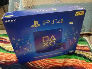 PS4 Slim 500GB Limited Edition + 15 Games