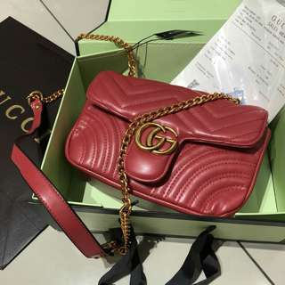 Gucci GG Marmont Shoulder Bag Red