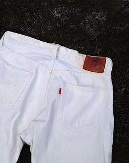 Eternal White jeans