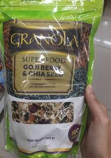 Granola Muesli Goji Berry & Chia Seed  (500 gram)