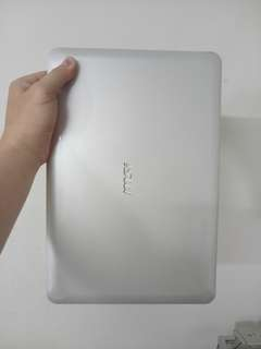 Msi Thin&Slim 14.5inch/windows7