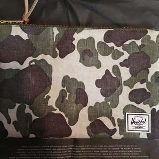 [全新]Herschel Supply Co. 迷彩袋 Pouch