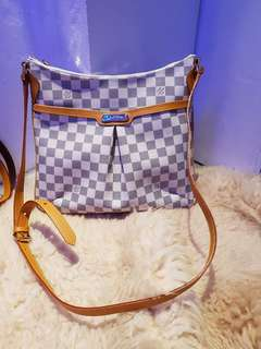 LV Bloomsburry Azur
