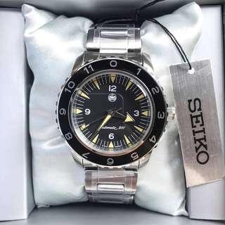 Seiko Omega Seamaster 300 spectre vintage diver mod