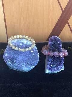 烏拉圭紫晶簇(鎮)兩個擺設*特價出售*(售價不連木座及晶串)