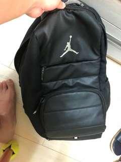 🚚 Jordan 背包