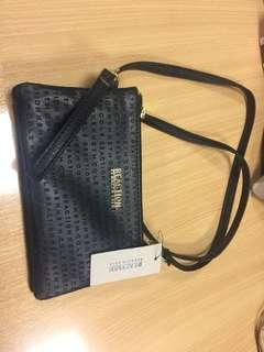 Kenneth cole sling bag