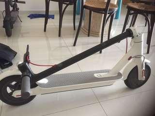 Xiaomi E scooter(white)