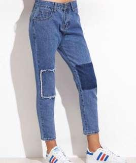 Highwaisted Mom Jeans w/ Blue Patchwork design