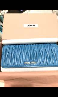 Authentic Miu Miu長銀包 sky blue lambskin 99% new with full set , have box and original receipt