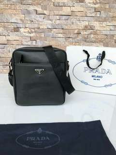 Tas Prada ori leather