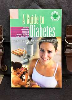 《Preloved Paperback + The Health Guide on Living With Diabetes, Dietary Treatment & Drug Treatment》A GUIDE TO DIABETES
