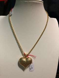 New Pawnable chain with Heart Pendant