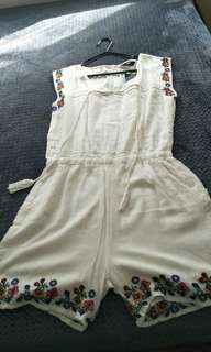 Max white floral design jumpsuit