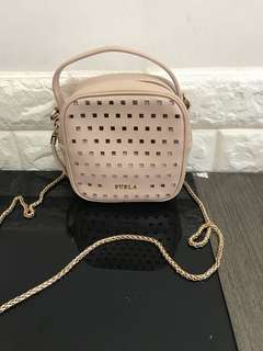 95%new furla cross 櫻花粉body handbag