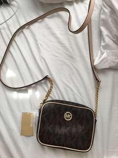 New Michael kors purse