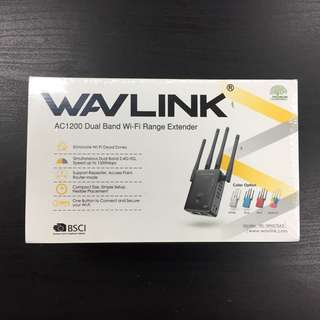 🚚 🙌 BNIB! Actual photo! Wavlink WiFi extender 2.4G 5G network for all homes!