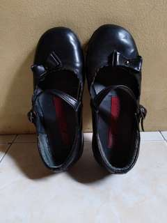 PRELOVED Girl's Black Shoes