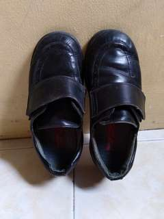 PRELOVED Boy's Black Shoes