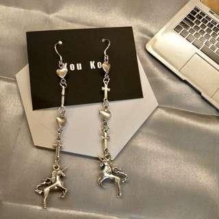 🚚 復古愛心十字架獨角獸🦄️耳環