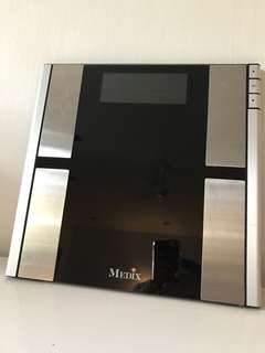 Medix scale - 5 in 1 body fat analysee