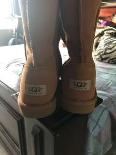 New Uggs- never used sz 8.5/9