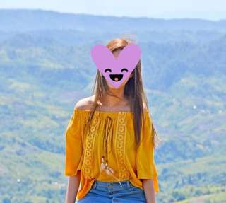 Off shoulder yellow top