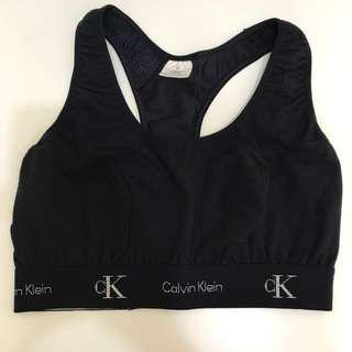 Calvin Klein 運動休閒上衣(含運)