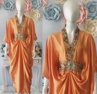 Baju Kaftan Merk Lazahra (instagram: @lazahra_collection)