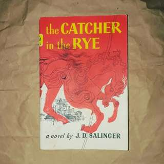 The Catcher in the Rye by JD Salinger (Trade Paperback)
