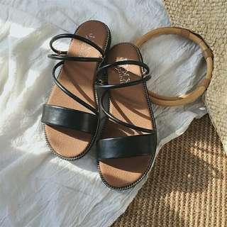 🚚 兩穿式涼鞋