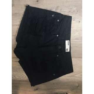High Wasted Black Shorts
