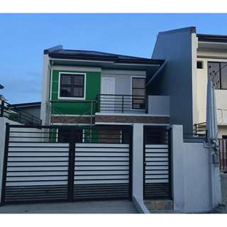 House and Lot in Sunnyside heights Batasan Hills 100sq.m Lot Area