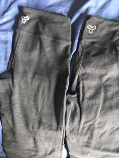 TNA Aritzia leggings