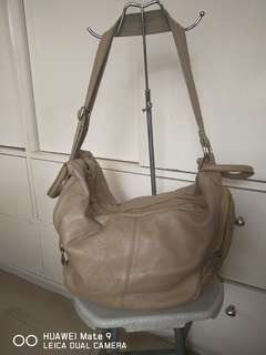 3 way leather bag ..handbag,sling and backpack in one!