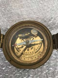 Handheld sextant