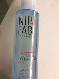 Nip + fab exfoliate glycolic cleansing fix