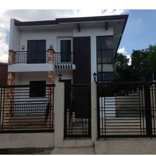 House and Lot 189sq.m Lot Area, 100sq.m Floor 2storey 3bedrooms 2toilet