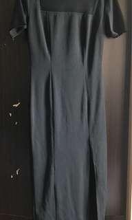 Midi bodycon Black Dress with slit