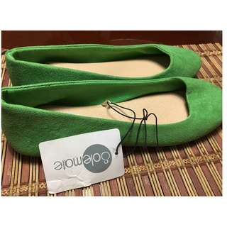 Green Dull shoes - still with tag