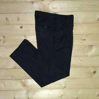 Uniqlo Chino Original Celana Panjang Hitam