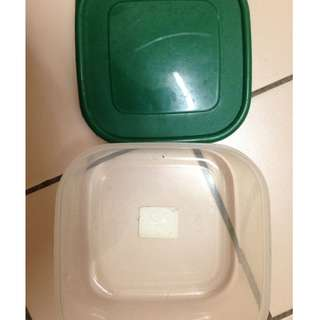 Tupperware/ Lunch Box Dark Green #KayaRaya