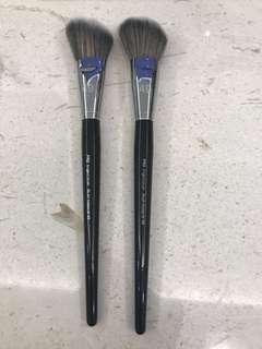 Pro Angled Blush Brush