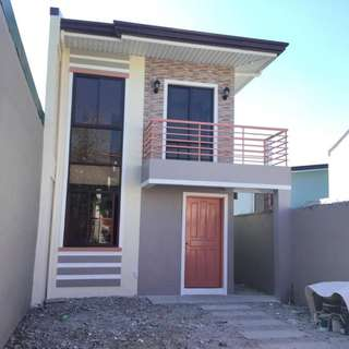 House and Lot in Simen St. North Olympus subd. Zabarte Road