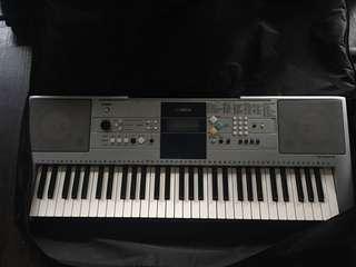 Yamaha 電子琴 keyboard PSR-E323 99%New