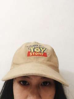 Topi tumblr Toy Story