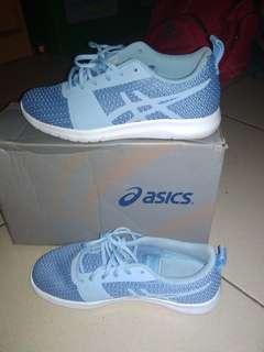Sepatu asics runing