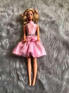 1966 Vintage Barbie Doll Twist and Turn Bendable Legs