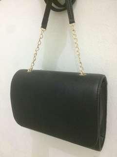 h&m sling bag look alike